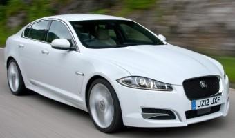 Jaguar XF Saloon Sport front action