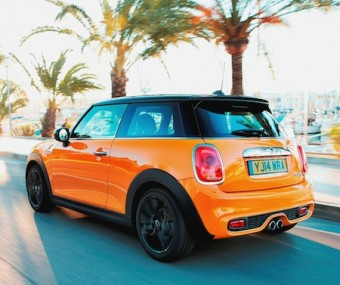 MINI Cooper S rear side action