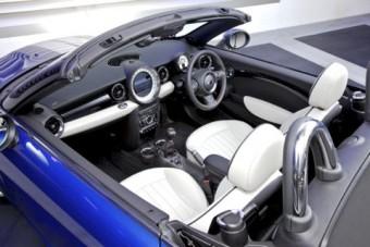 Mini Roadster overhead interior