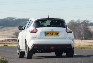 Nissan Juke Nismo RS rear action