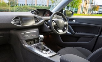 Peugeot 308 front interior