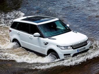 Range Rover Sport water action