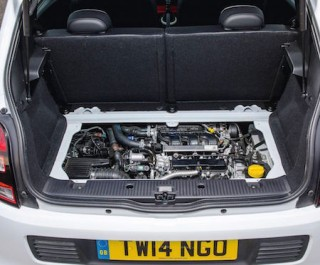 Renault Twingo engine under the rear boot space