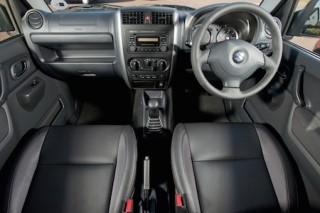 Suzuki Jimny 2015 front interior