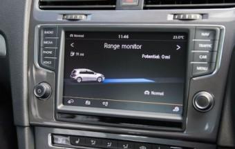 VW e Golf infoscreen range