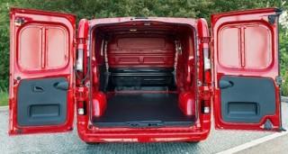 Vaux Vivaro rear open loadbed
