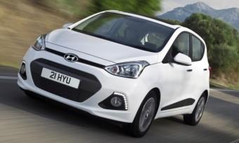 Hyundai i10 Prem SE action front
