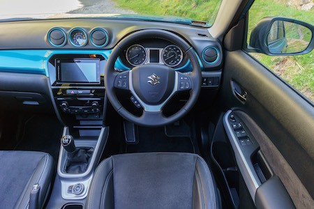Suzuki Vitara fascia 2015