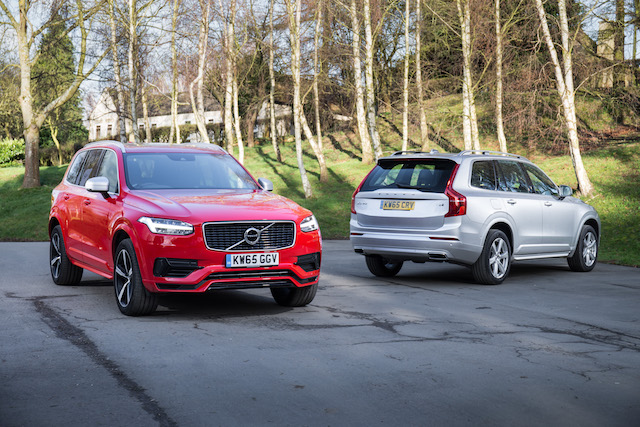 Front and rear views of new Volvo XC90 T8