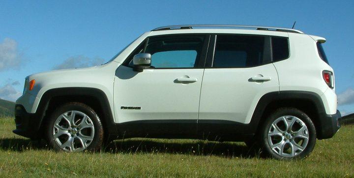 jeep-renegadedscf0321