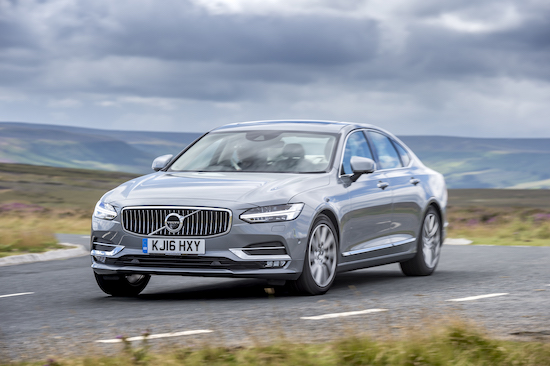 volvo-s90-d4-action-front-and-side