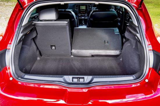 new-renault-megane-hatchback-boot-and-load-area