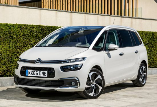 citroens-new-grand-c4-picasso-mpv-side-front-static